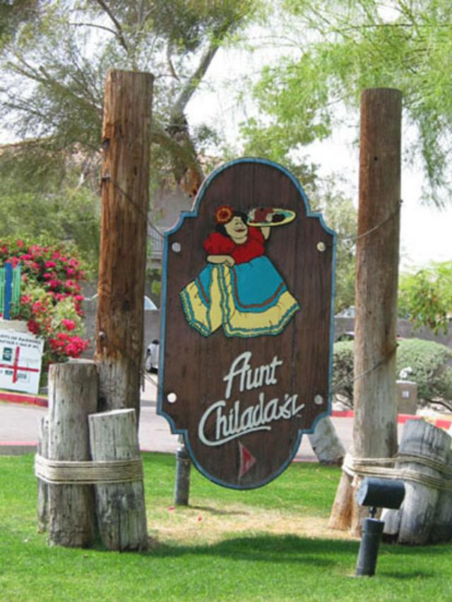 Dog-friendly: Aunt Chiladas at Squaw Peak